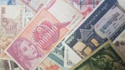 Wereld lot van 25 diverse bankbiljetten