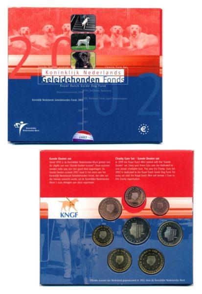 44642 Nederland 2002 geleidehonden fonds BU goede doelen set